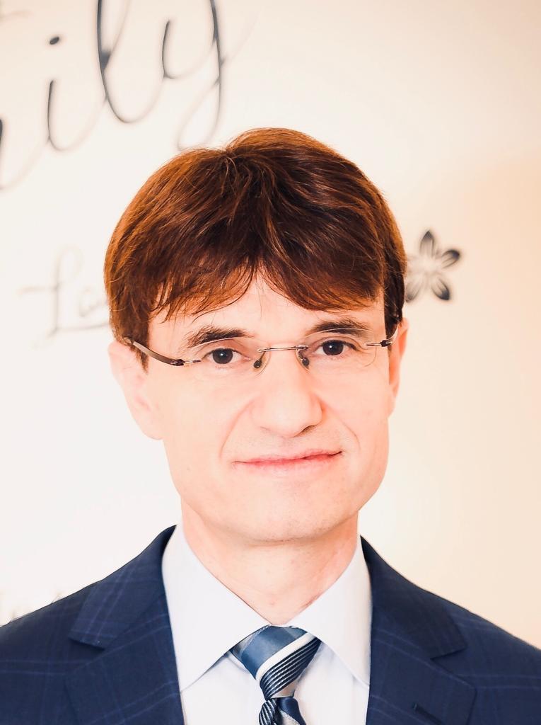 Dr. Rami Bustami